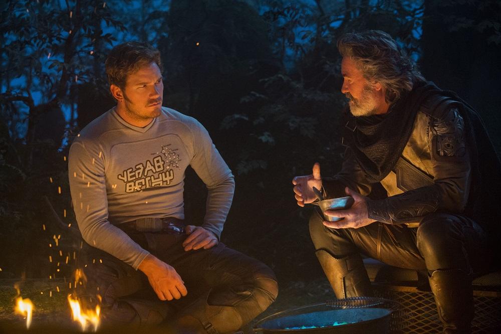chris pratt et Kurt Russell dans les gardiens de la galaxie 2