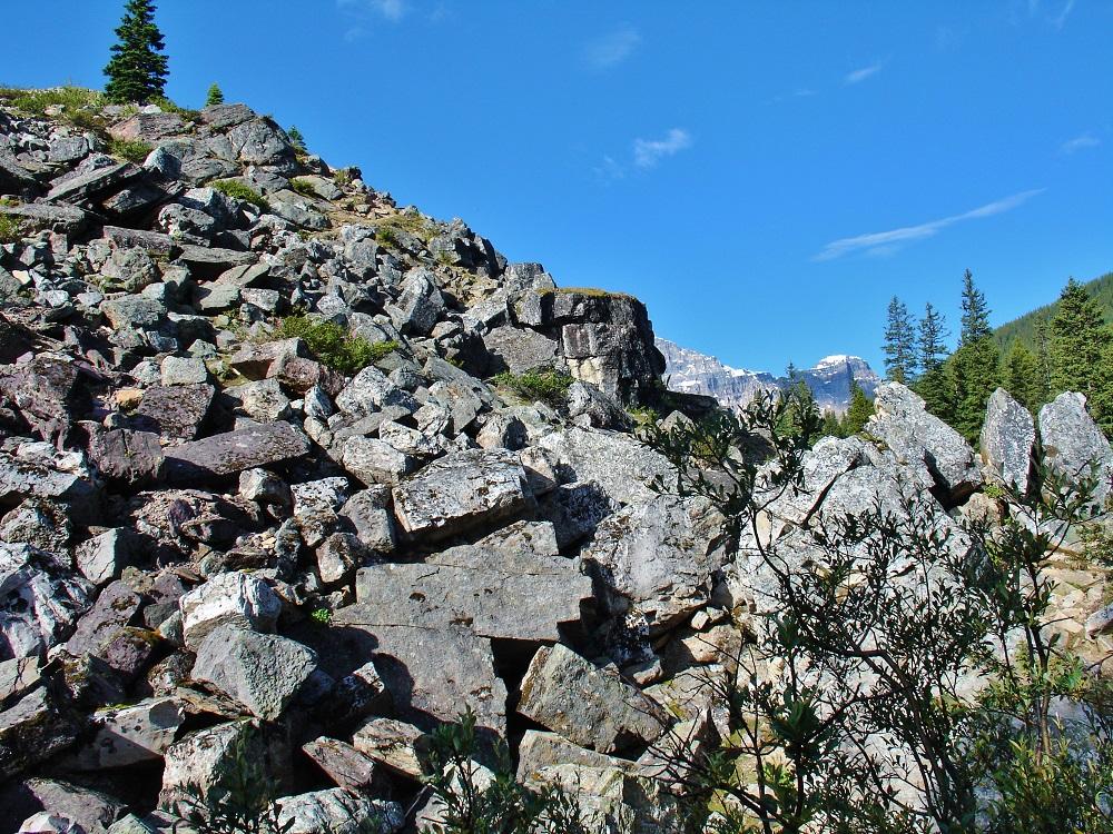 chaos de pierre sentier lac moraine