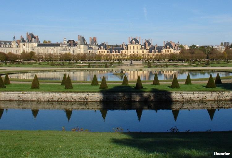 Vue du Château de Fontainebleau