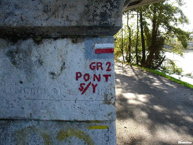 balisage GR2 bords de l'Yonne