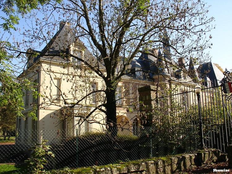 chateau Cannes-Écluse