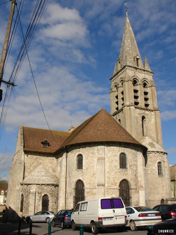 l'église Notre-Dame à Ferté-Alais
