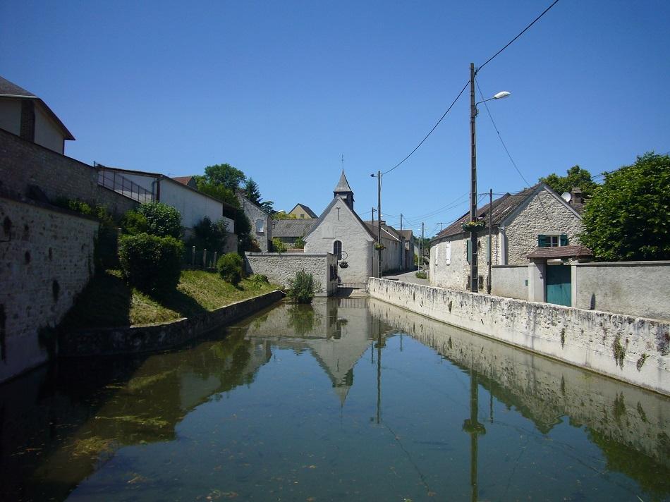 lavoir de la Chapelle de Guerville