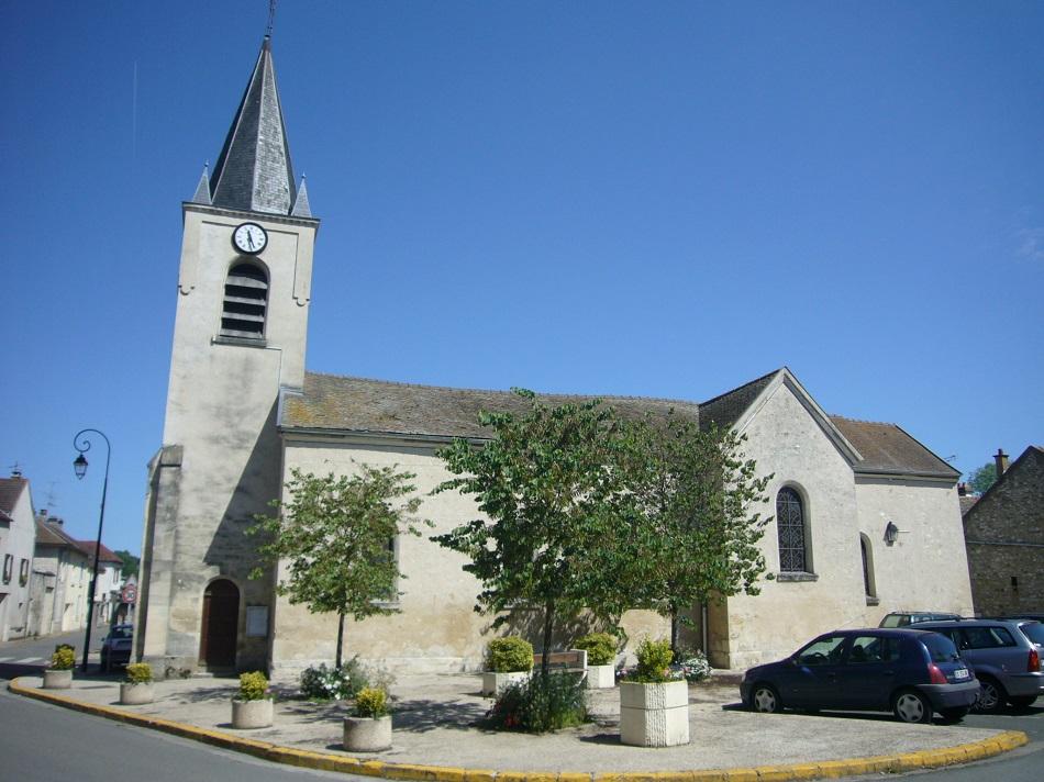 l'Église Saint-Étienne à Aulnay-sur-Mauldre