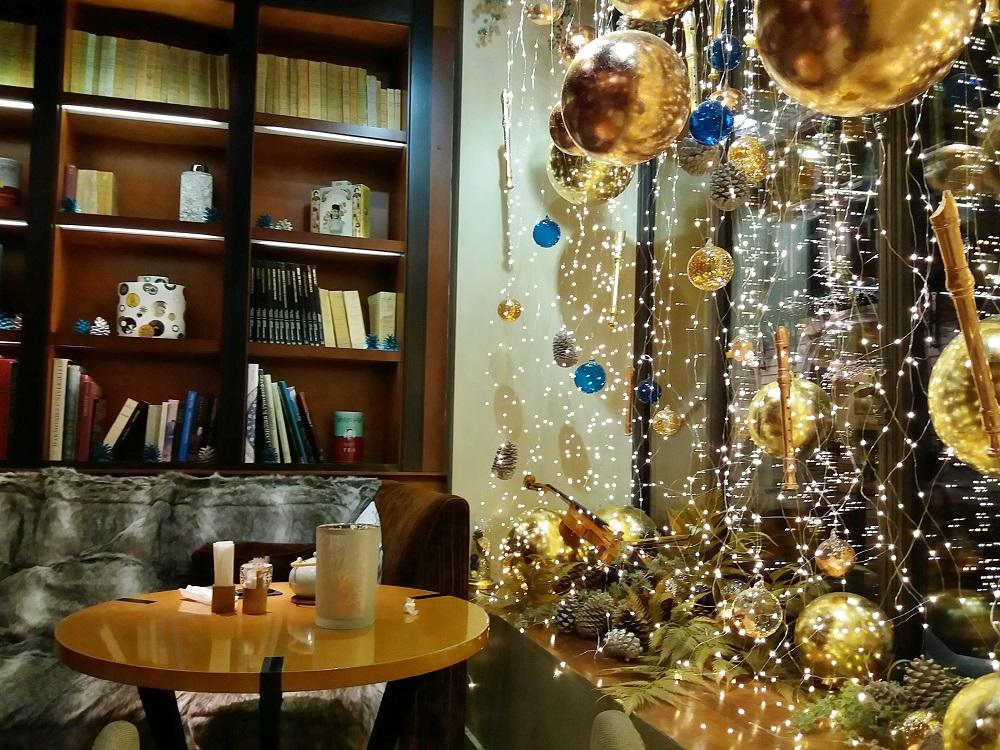 Maison de thé à l'hôtel Scribe Paris décoration noël